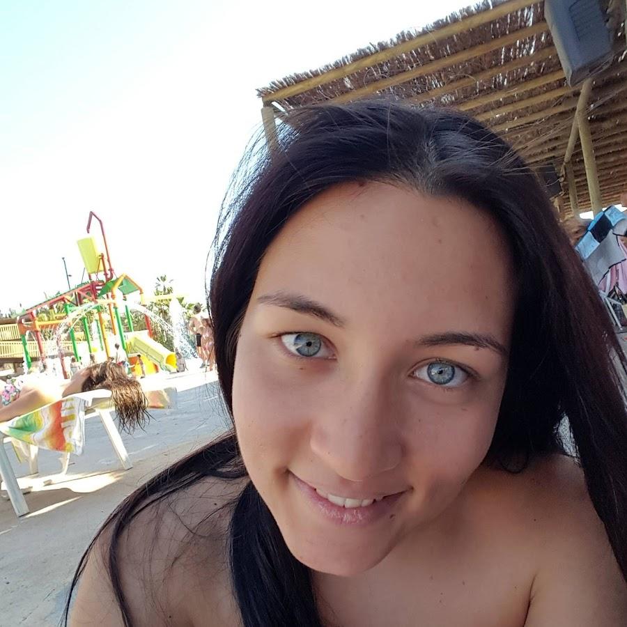 MarySmile18