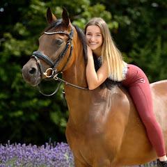 Marina und die Ponys