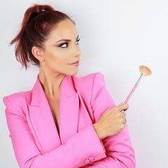 Cynthia La'Maquilladora