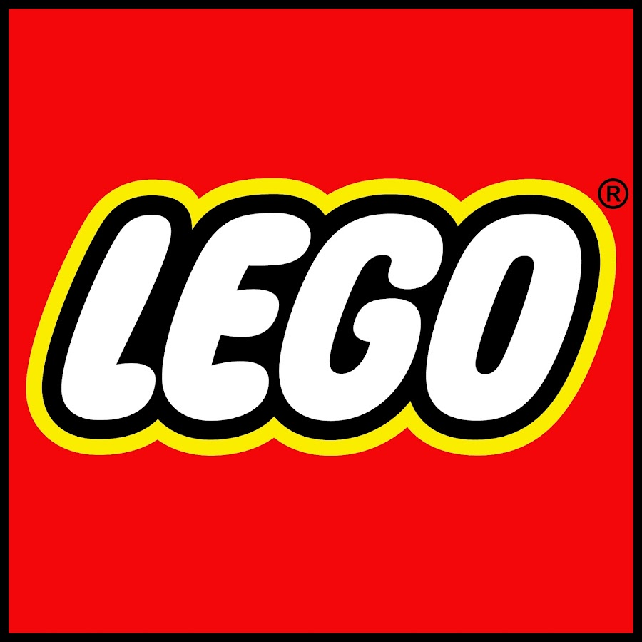 LEGO Store Budapest - YouTube 041386a921