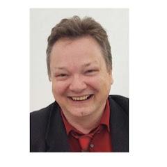 The Plastic Creative CarModell
