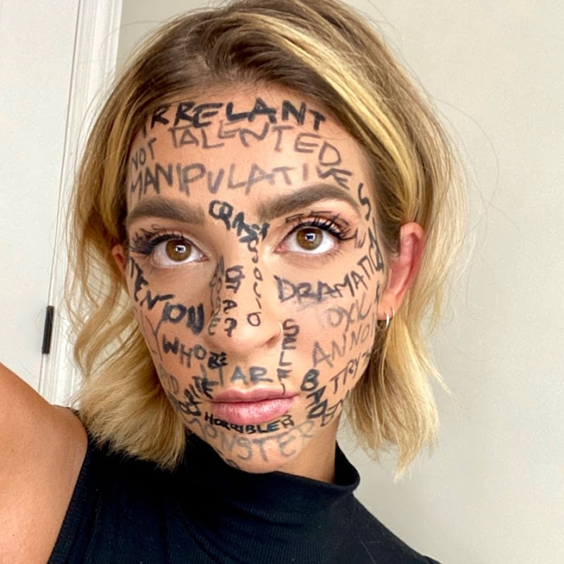 Gabbie Hanna Photo