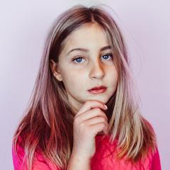 Amanda Claire