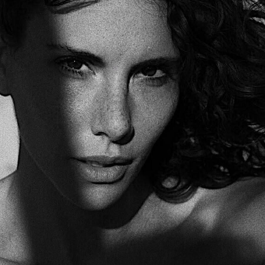 Andja Lorein - YouTube
