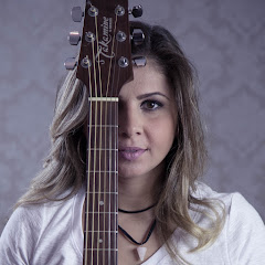 Mari Carrili