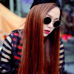 Minh Hằng singer