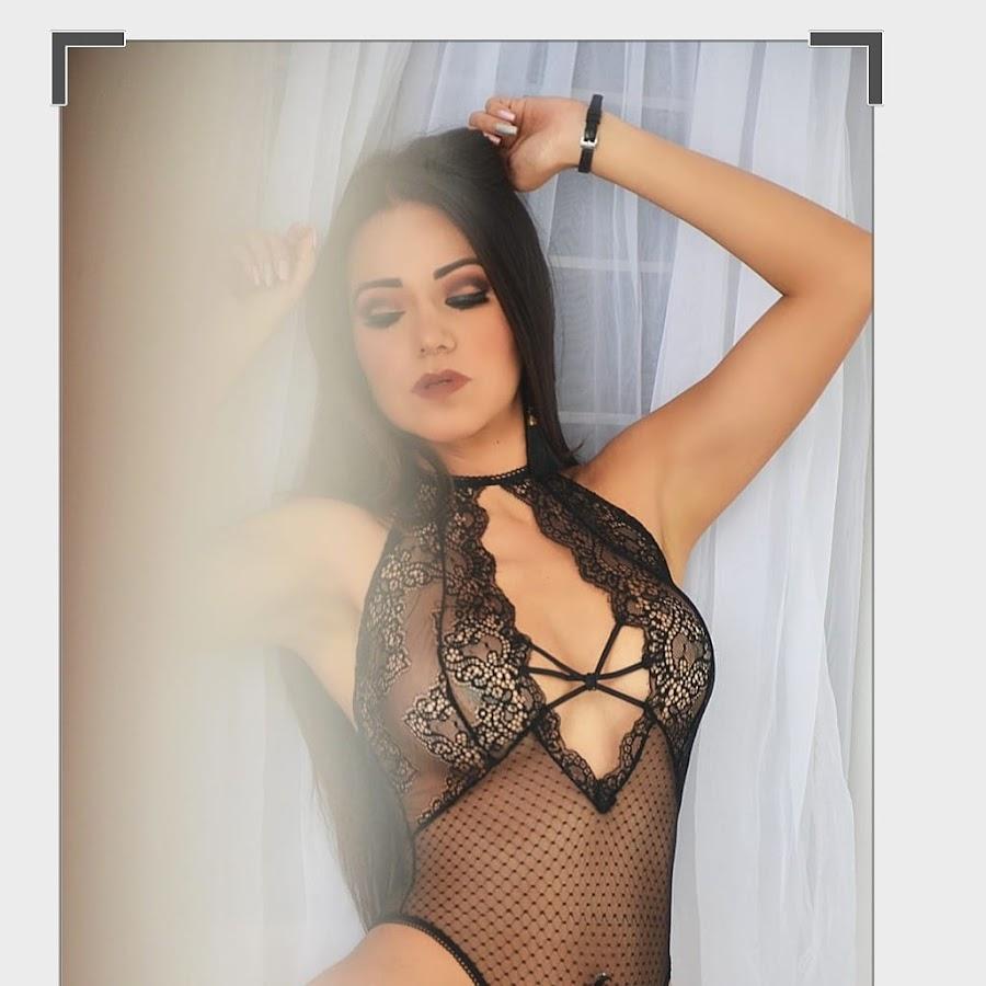 Karmin Segura Nude Photos 20