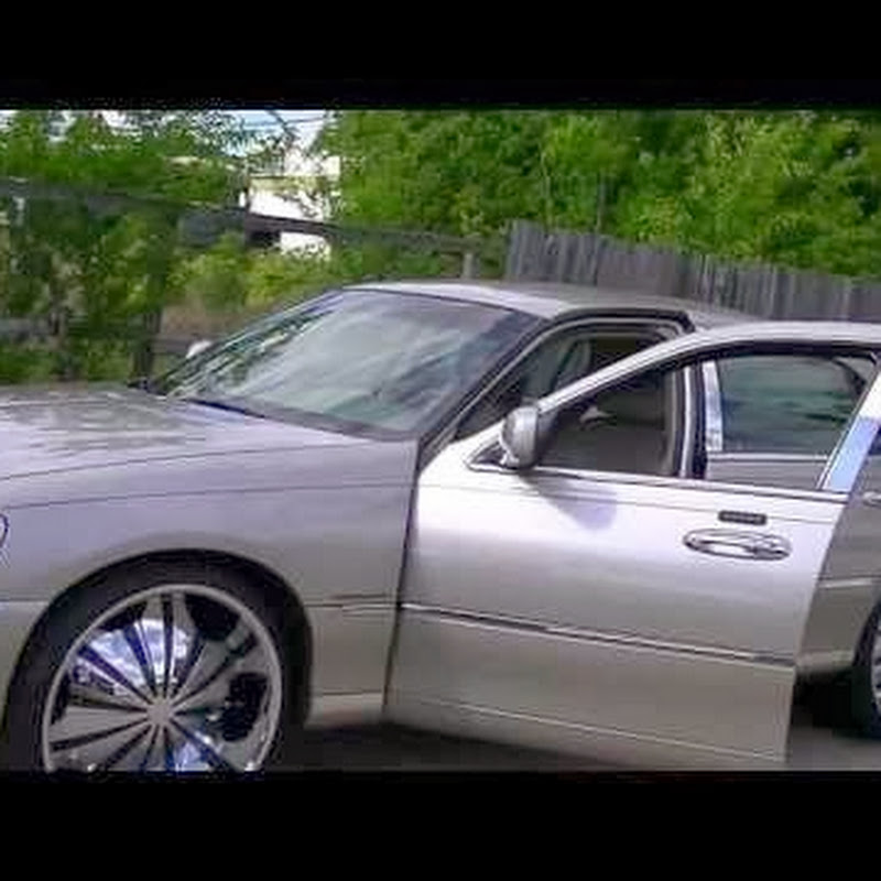 Lincoln Towncar On 24s Doovi