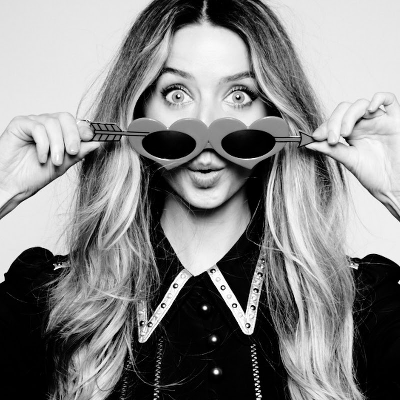 MoreZoella Photo