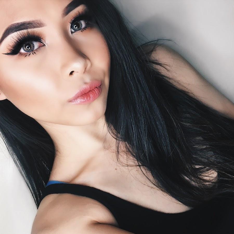 Azela Albanez - YouTube