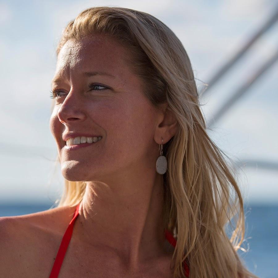 2885c03614cf5 Amanda s Sailing Adventure - YouTube