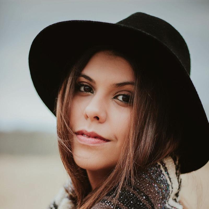 Sabrina Araújo (sabrina-araujo)