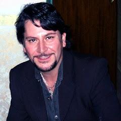 Mario serafino cantautore