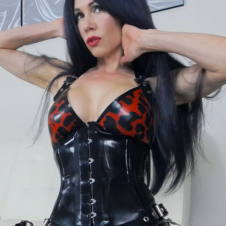 Mistress Susi - YouTube