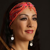 Lara Chayka Travels
