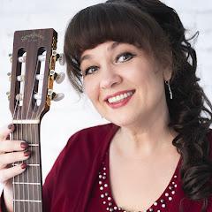 Алена Кравченко. Уроки игры на гитаре