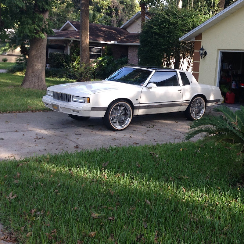 87 Monte Carlo T-Tops On 22 Inch Spokes And Vouges