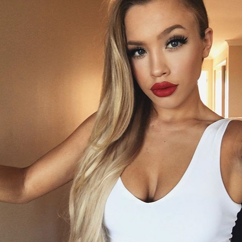 Tammy Hembrow Photo