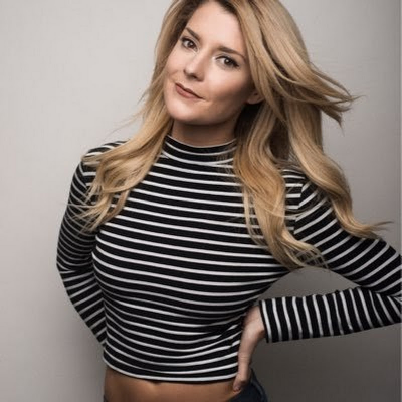 Grace Helbig Photo