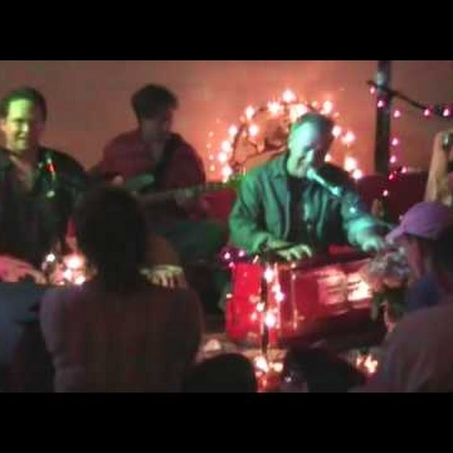 kirtan - YouTube