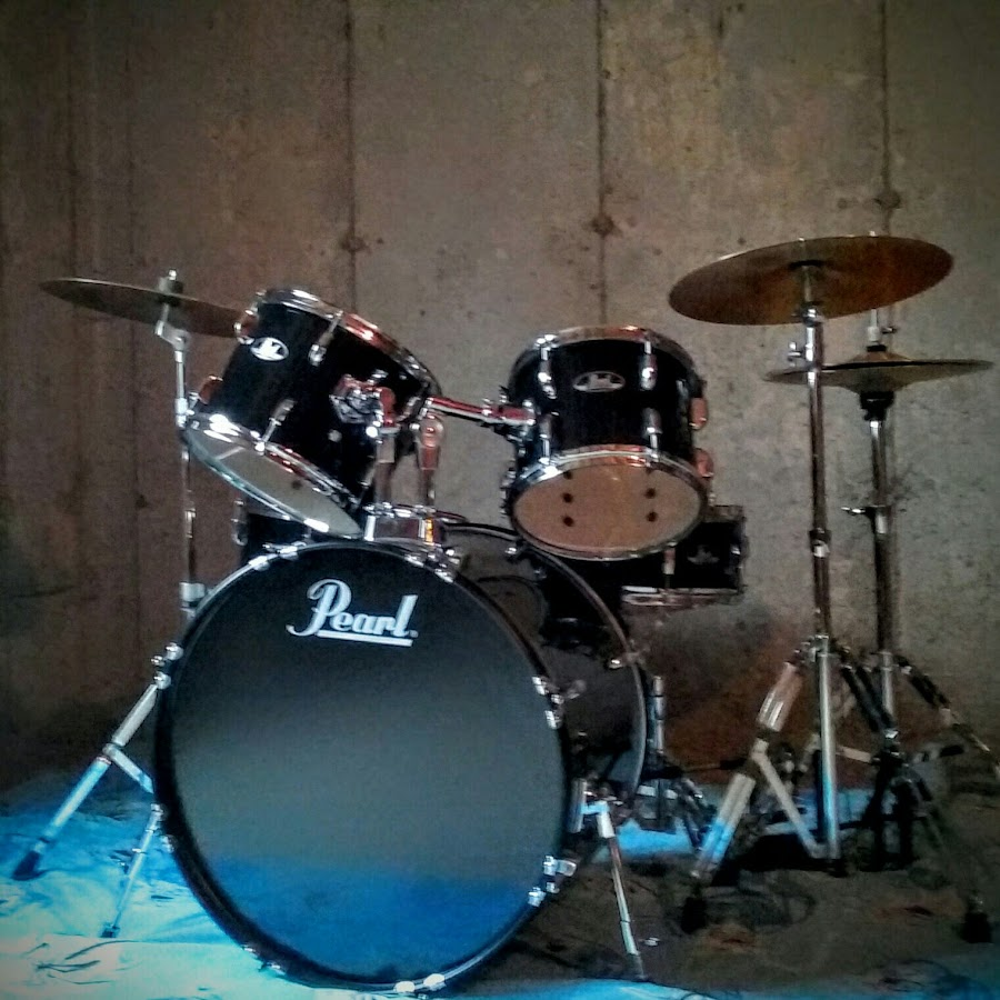 essays on playing drums Percussion the only musical instrument that i every really was interested in playing was the drums i should say percussion, however, since that handy term covers any musical instrument that you strike, hit, or otherwise wallop.