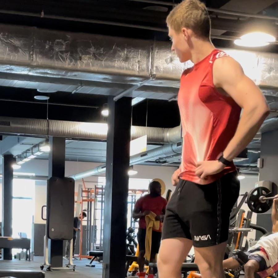 blunt scooter logo - 900×900
