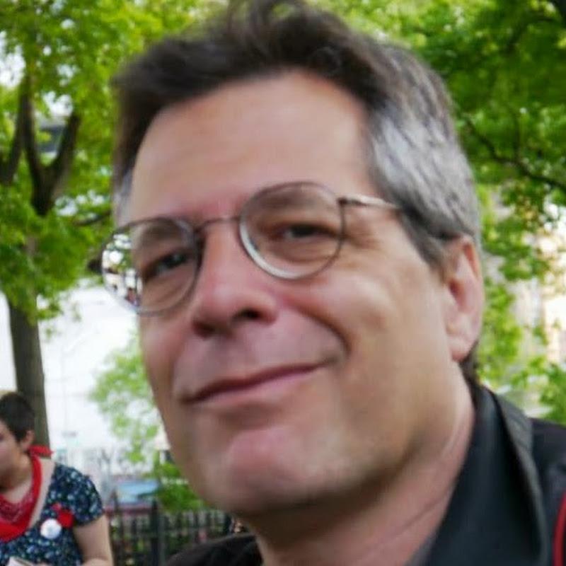 Paul DeRienzo