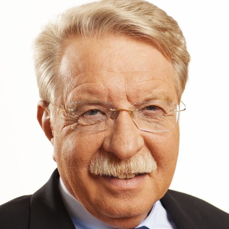 Dr. Otmar Bernhard