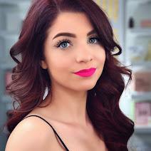 Makeup Molly