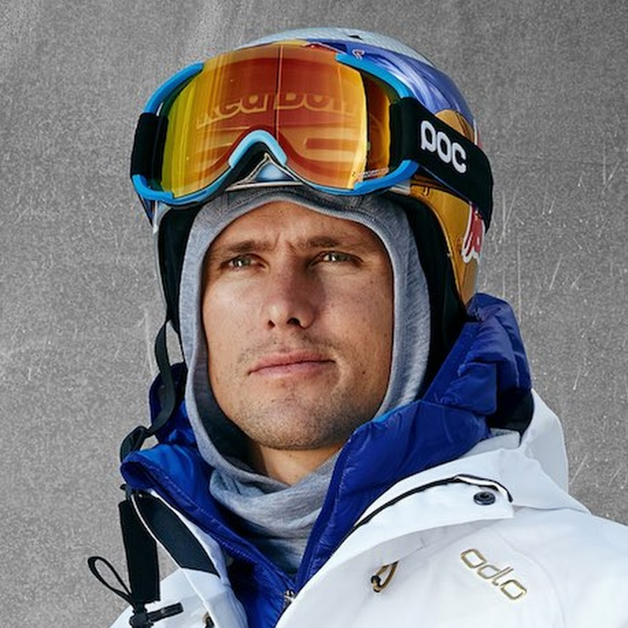 The 36-year old son of father (?) and mother(?) Jon Olsson in 2018 photo. Jon Olsson earned a  million dollar salary - leaving the net worth at  million in 2018
