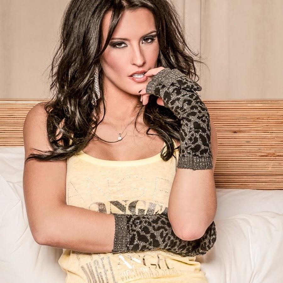 Jessie Shannon Nude Photos 29