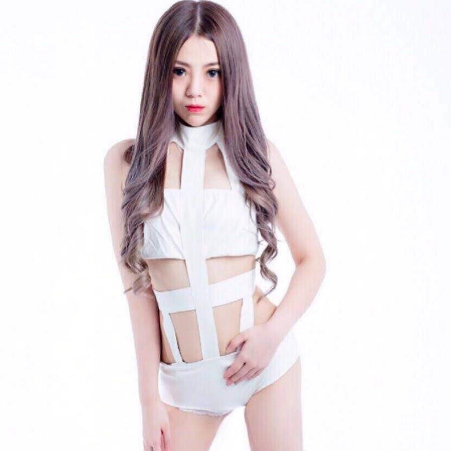 爱薇琪_official DJ艾琪 - YouTube