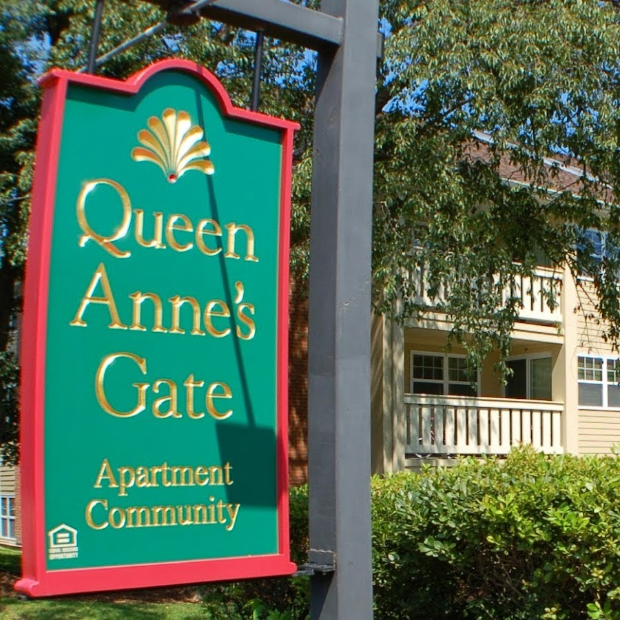 One Bedroom Apartments Queen Anne Seattle: Queen Anne's Gate Apartments