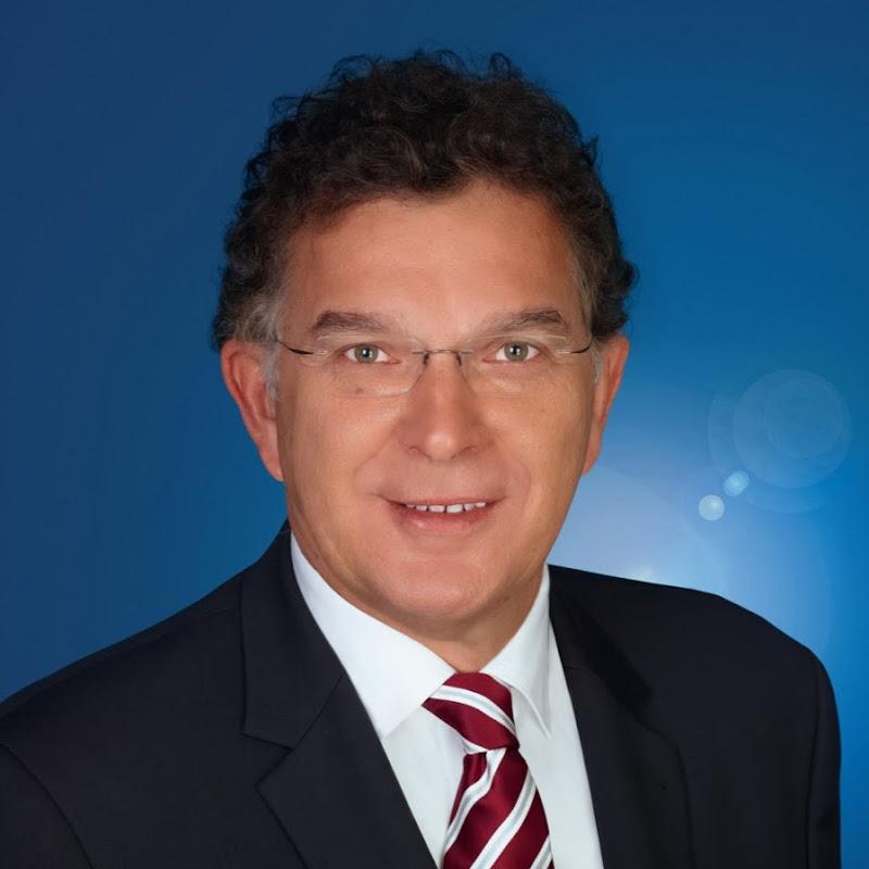 Dr. Reinhard Löffler