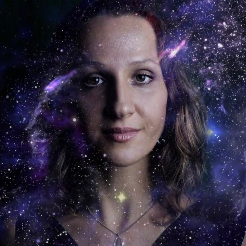 Olivia Kissper ASMR