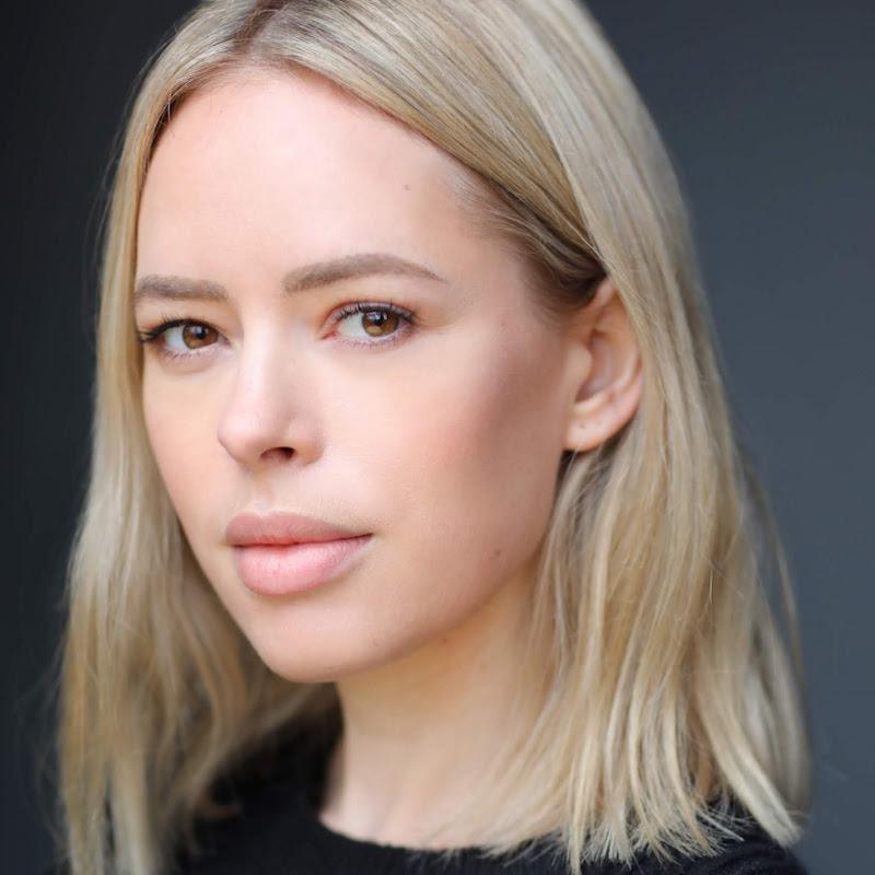 Tanya Burr