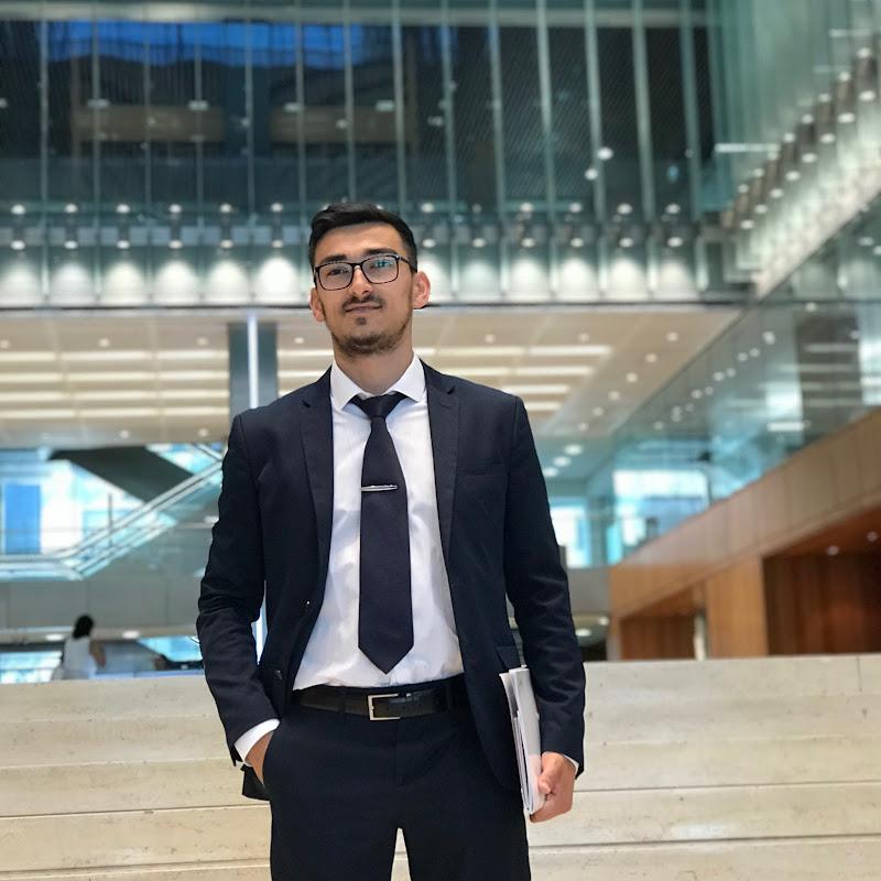 Leo - Mastermind (student-entrepreneur)