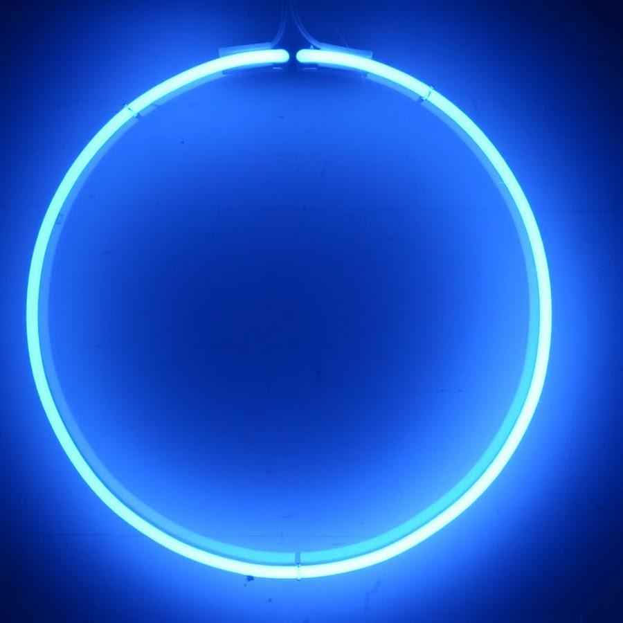 фотографировал художников, круг светящийся для фото нужно