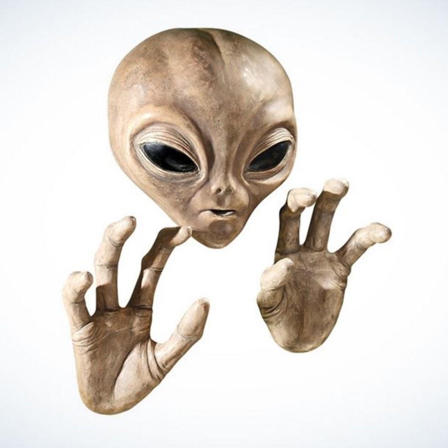 или рука инопланетянина на картинке эпохе, подарившей