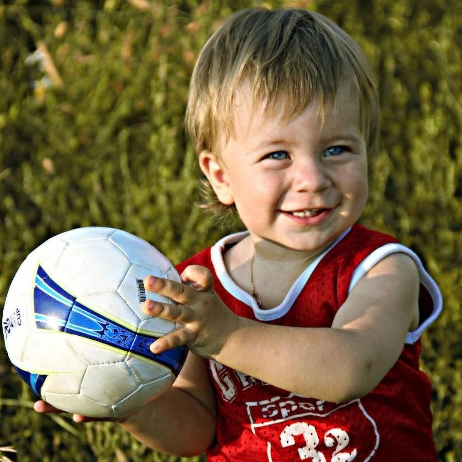 классные фото с детьми футболистами