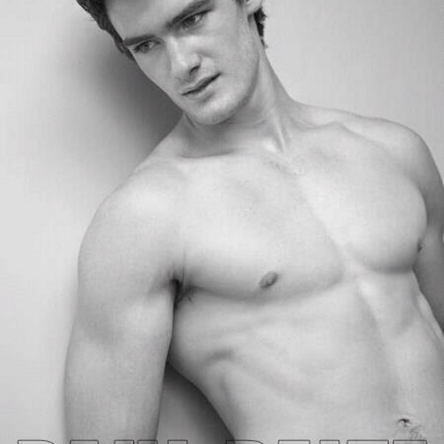 Ryan Sandefur_0001.jpg - Male Models - AdonisMale