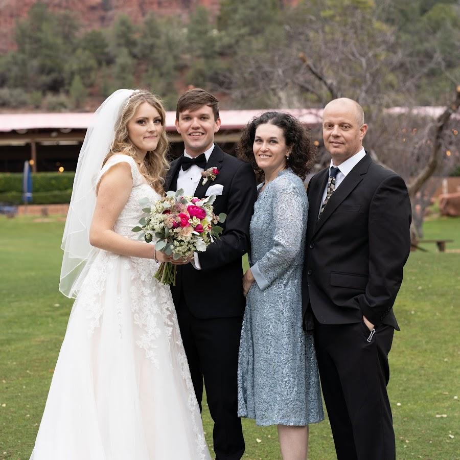 персонаж значение картинки с револьвером на аву микрорайоне щербинка