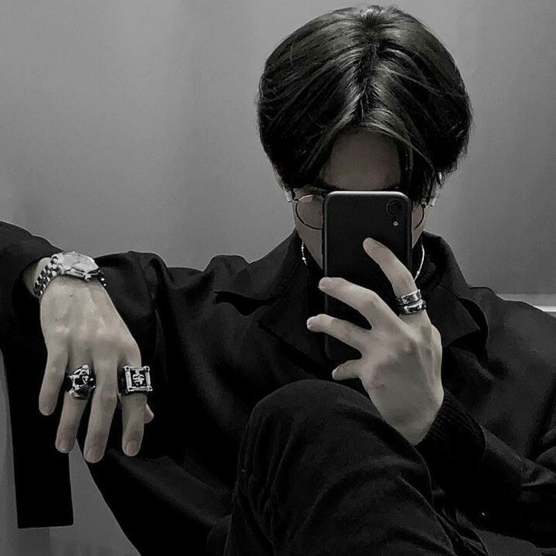 Logo for COSMIC BOYS OFFICIAL