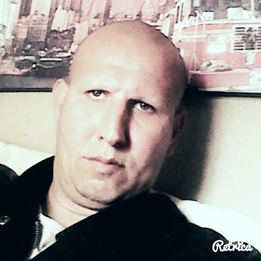Roberto Spada - YouTube