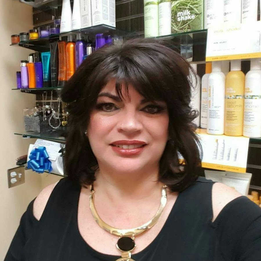 Makeup Guru Charlotte Tilbury Spills Secrets For Being