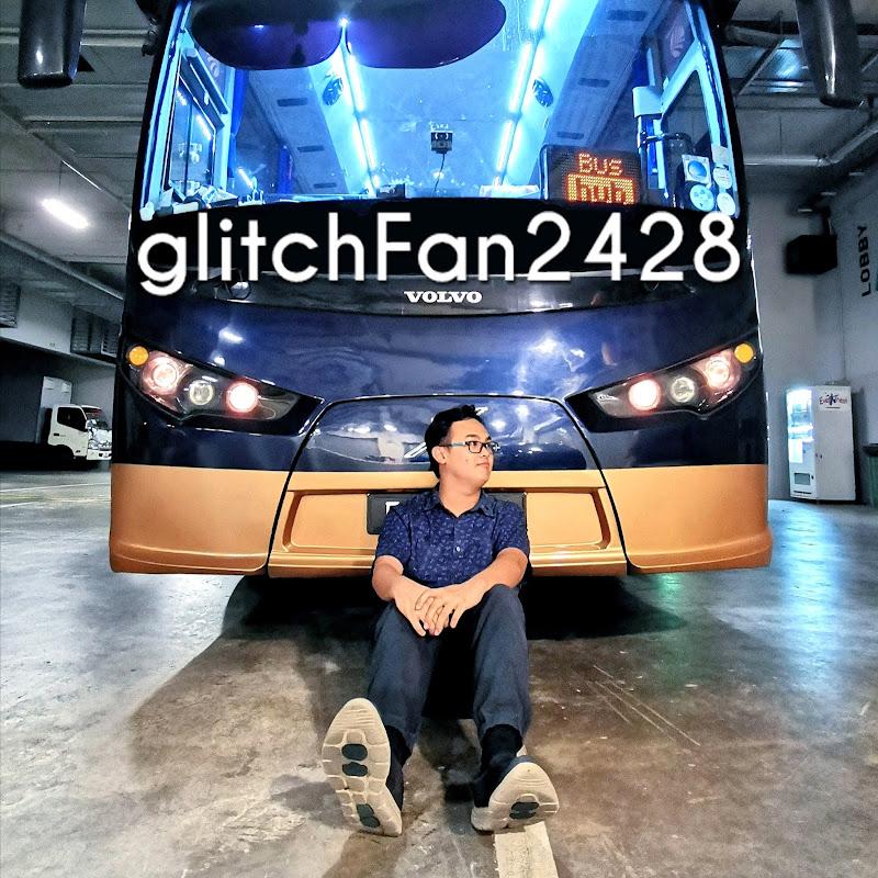 glitchFan2428