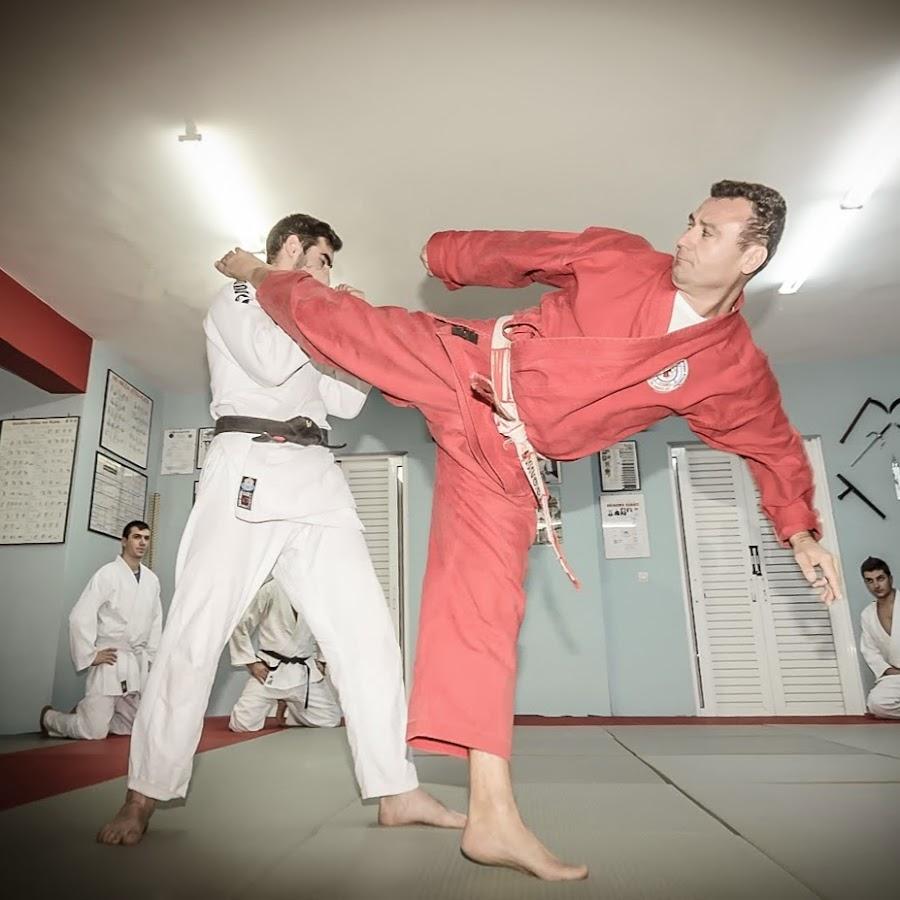 Amateur jujitsu academy