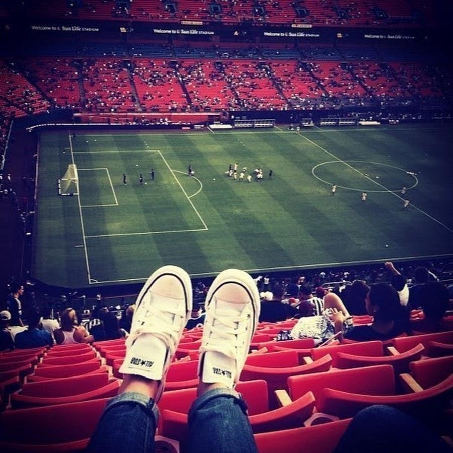 картинка любить футбол поможет другим клиентам