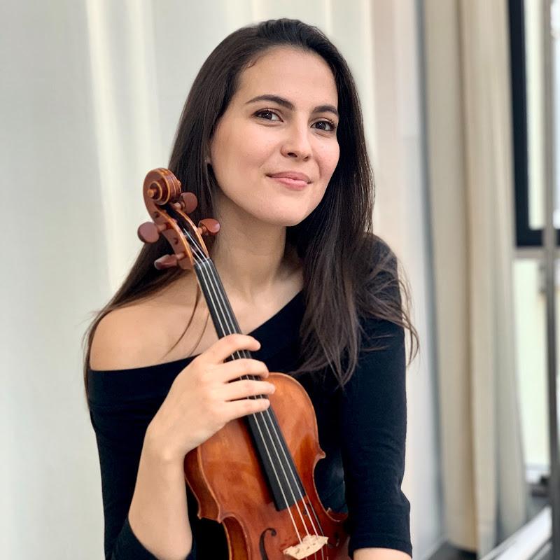 Josefina Alcaide