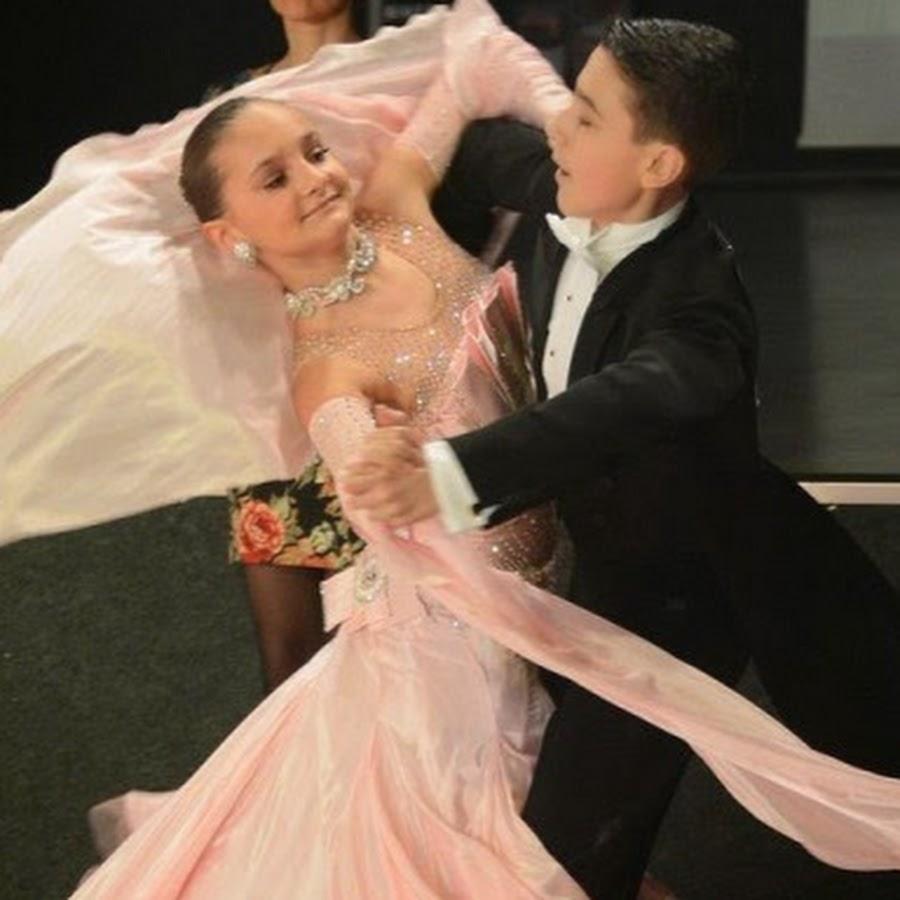 морозов алексей бальные танцы ренессанс фото красный фон